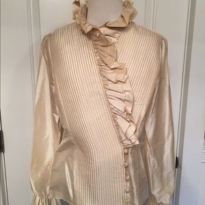 ⭐️ELLEN TRACY TOP NEW BLOUSE CREAM QUILTED WRAP 4